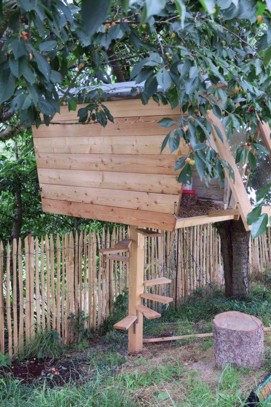 Hühnerhaus mit Treppe